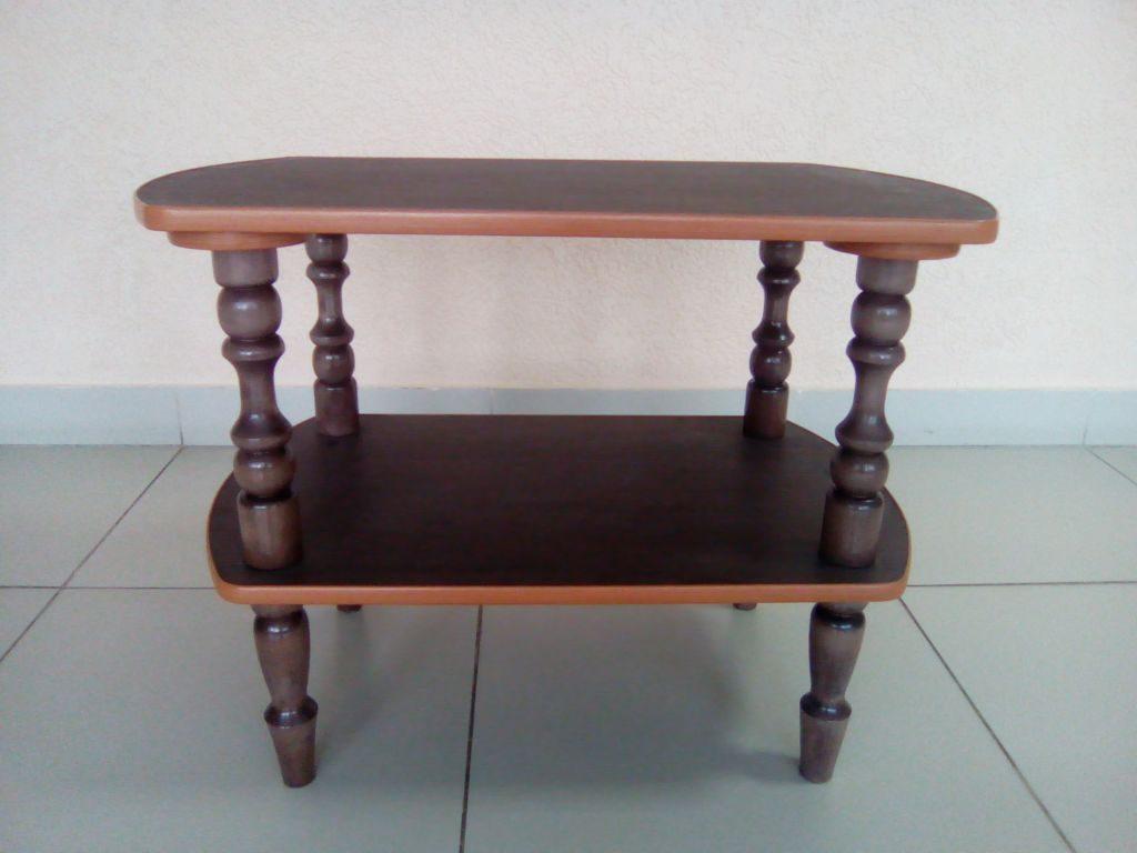 bobrov-stolik